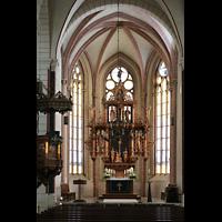 Goslar, Marktkirche St. Cosmas und Damian, Chorraum mit Kanzel