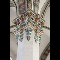 Wolfenbüttel, Hauptkirche Beatae Mariae Virgine, Verzierte Kapitelle an den Pfeilern