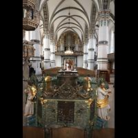 Wolfenbüttel, Hauptkirche Beatae Mariae Virgine, Bronzenes Taufbecken von Cordt Mente (1571; ehem. Schlosskapelle)