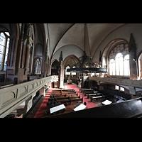 Berlin (Wedding), Stephanuskirche, Blick von der Orgelempore seitlich in die Kirche