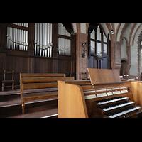 Berlin (Wedding), Stephanuskirche, Orgel mit Spieltisch seitlich