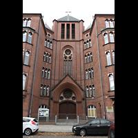 Berlin (Prenzlauer Berg), Ss.Corpus Christi Kirche, Fassade