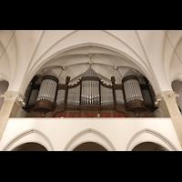Berlin (Prenzlauer Berg), Ss.Corpus Christi Kirche, Orgel perspektivisch