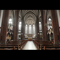 Berlin (Tiergarten), St. Paulus Dominikanerkloster, Innenraum in Richtung Chor