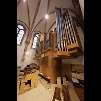 Berlin (Wilmersdorf), St. Ludwig, Orgel mit Spieltisch seitlich