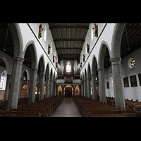 Ravensburg, Kath. Stadtkirche Liebfrauenkirche (Hauptorgel), Innenraum in Richtung Orgel