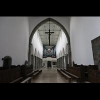 Ravensburg, St. Jodok, Blick vom Hochaltar durchs gesamte Hauptschiff zur Orgel