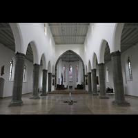Ravensburg, St. Jodok, Innenraum in Richtung Chor