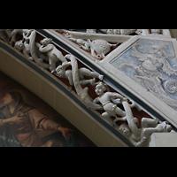 Konstanz, Münster unserer lieben Frau, Figurenschmuck am Träger der Orgelempore