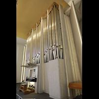 Konstanz, St. Gebhard (Konzilsorgel), Orgel mit Spieltisch seitlich