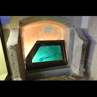 Reichenau - Mittelzell, Münster St. Maria und Markus, Riesen-Smaragd, geschenk Kaiser Karls des Großen, um 1000