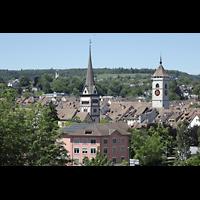 Schaffhausen, Münster (ehem. Kloster zu Allerheiligen), Blick von der Zürcherstraße zum Münster (links) und St. Johann (rechts)