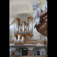 Frauenfeld, Kath. Stadtkirche St. Nikolaus, Orgel und Kanzel