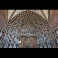 Freiburg, Münster unserer lieben Frau, Reicherer Figurenschmuck am Hauptportal des Münsters
