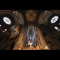 Freiburg, Münster unserer lieben Frau, Blick in die Vierungskuppel, ins Querhausgewölbe und in den Chorraum