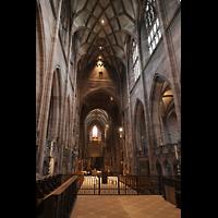 Freiburg, Münster unserer lieben Frau, Blick vom Chorraum durch das gesamte Langhaus