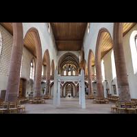 Basel, Predigerkirche (Truhenorgel), Innenraum in Richtung Chor
