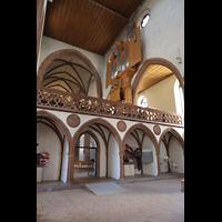 Basel, Predigerkirche (Truhenorgel), Lettner mit Blick zur Schwalbennestorgel