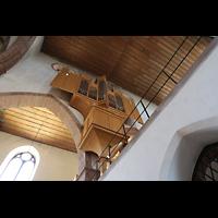 Basel, Predigerkirche (Truhenorgel), Blick vom Chor unten zur Schwalbennestorgel