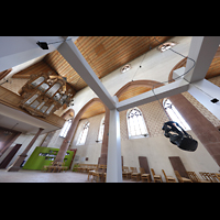 Basel, Predigerkirche (Schwalbennestorgel), Klanginstallation mit Blick zur Silbermann-Orgel