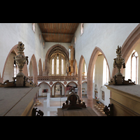 Basel, Predigerkirche (Truhenorgel), Blick über das Rückpositiv in die Kirche