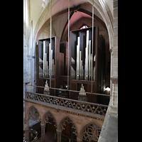 Basel, Münster, Orgelempore vom seitlichen Triforium aus gesehen