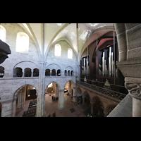 Basel, Münster, Blick vom Triforium seitlich in Richtung Orgel