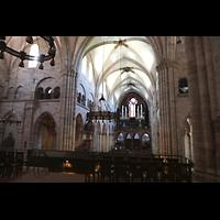 Basel, Münster, Blick vom Lettner ins Hauptschiff in Richtung Orgel