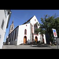 Basel, Peterskirche, Außenansicht mit Turm