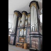 Malters, St. Martin (Chororgel), Orgel mit Spieltisch seitlich