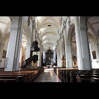 Luzern, Hofkirche St. Leodegar (Große Orgel mit Echowerk), Innenraum in Richtung Chor