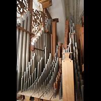 Luzern, Hofkirche St. Leodegar (Große Orgel mit Echowerk), Pfeifenwerk der Walpenorgel