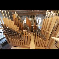 Luzern, Hofkirche St. Leodegar (Große Orgel mit Echowerk), Pfeifenkammer des Echowerks