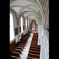 Luzern, Hofkirche St. Leodegar (Große Orgel mit Echowerk), Blick von der Orgelempore ins linke Seitenschiff mit Walpenorgel