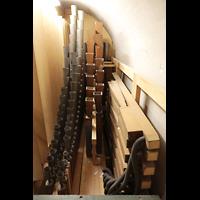 Luzern, Hofkirche St. Leodegar (Große Orgel mit Echowerk), Pfeifen der Clarinette und des Fagott im Fernwerk
