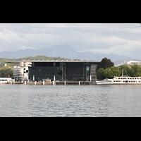 Luzern, KKL - Kultur- und Kongresszentrum, Blick von der gegenüberliegenden Seeseite auf das KKL