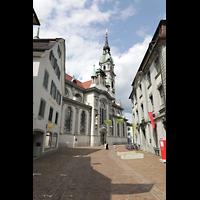 Frauenfeld, Kath. Stadtkirche St. Nikolaus, Kirche Außenansicht von der Zürcher Straße