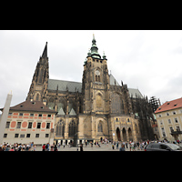 Praha (Prag), Katedrála sv. Víta (St. Veits-Dom), Querhausorgel, Seitenansicht mit Südturm