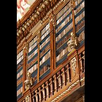 Praha (Prag), Klášter Bazilika Nanebevzetí Panny Marie (Klosterkirche), Hauptorgel, Bibliothek Strahov, theologische Abteilung, obere Etage rechts