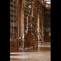 Praha (Prag), Klášter Bazilika Nanebevzetí Panny Marie (Klosterkirche), Hauptorgel, Sekretär in der theologischen Abteilung der Bibliothek Strahov