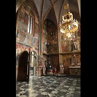 Praha (Prag), Katedrála sv. Víta (St. Veits-Dom), Querhausorgel, St. Wenzelskapelle mit Eingangstür zur Kronenkammer mit den Kronjuwelen