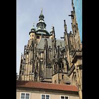 Praha (Prag), Katedrála sv. Víta (St. Veits-Dom), Querhausorgel, Strebewerk und Hauptturm