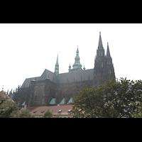 Praha (Prag), Katedrála sv. Víta (St. Veits-Dom), Querhausorgel, Veitsdom von Nordwesten gesehen