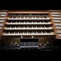 Düsseldorf - Oberkassel, St. Antonius, Manuale und mittlere Regkisterstaffel für programmierbare Register / Kombinationen