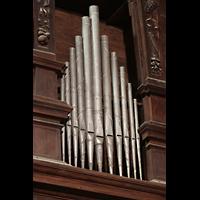 Évora (Evora), Catedral, Holzschnitzereien und Pfeifen im Orgelprospekt