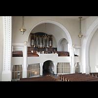 Dresden (Strehlen), Christuskirche, Blick von der seitlichen Chorempore zur Orgelempore