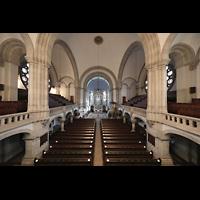 Dresden - Neustadt, Martin-Luther-Kirche, Blick von der Orgelempore in die Kirche