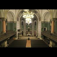 Dresden - Striesen, Versöhnungskirche, Blick von der orgelempore in die Kirche