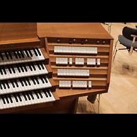 Dresden, Kulturpalast / Philharmonie (Konzertsaal), Rechte Registerstaffel
