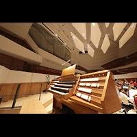 Dresden, Kulturpalast / Philharmonie (Konzertsaal), Orgel mit Spieltisch